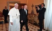 Presidente de Rusia reunido con el Papa Francisco en el Vaticano