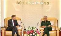 Vietnam y Estados Unidos intensifican cooperación en superación de consecuencias de la guerra