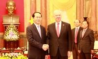 陈大光会见俄罗斯驻越大使弗努科夫和日本驻越大使深田