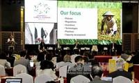 APEC 2017:APEC成员经济体部长与地区企业领导人举行对话