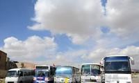叙利亚:人道主义救援物资进入叙利亚东古塔地区