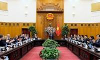 阮春福会见美国-东盟商务委员会企业代表团