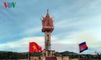 越柬友谊纪念碑落成典礼在柬埔寨举行