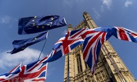 英国保守党与工党推迟有关脱欧的谈判