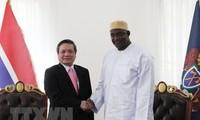 越南与冈比亚加强多领域合作