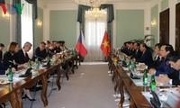 越南和捷克发表联合声明