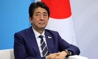 日本首相安倍晋三对欧洲和北美地区一些国家进行访问