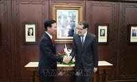 越共中央宣教部部长武文赏访问摩洛哥