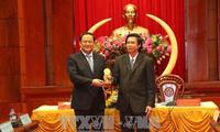Le vice-Premier ministre laotien en visite à Tien Giang