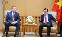 Trinh Dinh Dung reçoit le directeur général de Zarubezhneft