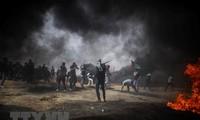 Gaza: au moins un tué et 460 blessés à la barrière de séparation avec Israël