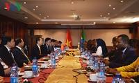 Le président vietnamien rencontre la présidente du Sénat éthiopien