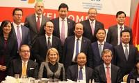 Rencontre du PM vietnamien avec des chefs d'entreprises américains