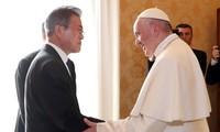 Moon Jae-In à  une messe «pour la paix dans la péninsule coréenne»