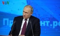Vladimir Poutine face à la presse