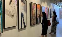 Exposition de peintures sur les femmes vietnamiennes à Singapour