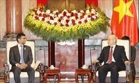 Nguyên Phu Trong reçoit le ministre de l'Energie et de l'Industrie des Emirats arabes unis