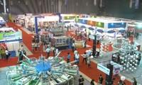 Quang Binh: Salon international de l'industrie et du commerce