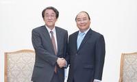 Nguyên Xuân Phuc reçoit l'ambassadeur japonais au Vietnam