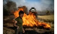 """Trois mois après la chute du """"califat"""", l'EI continue de sévir en Syrie"""