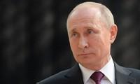 Vladimir Poutine prolonge l'embargo alimentaire contre les Occidentaux jusqu'à fin 2020