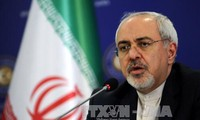 Iran urges Europe to defy US on sanctions