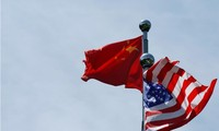 China requests US to create favorable conditions for trade talks