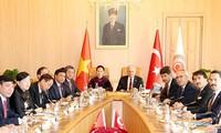 Nguyên Thi Kim Ngân rencontre son homologue turc