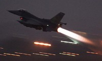 US launches air strikes against Islamic State from Turkish air base