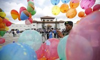 Nepal adopts new constitution
