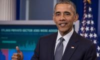 2016 US presidential race: Barack Obama calls for Donald Trump's record examination