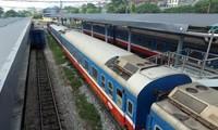 철도공사 (VNR) 연휴 기간의 승객의 왕래 요구 충족