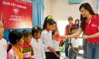 Wohltätigkeitsaktionen starten landesweit vor dem Tet-Fest