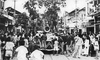 Feier zum 68. Jahrestag der August-Revolution