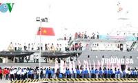 """Das Schiff """"Fahrt für Insel- und Meeresgebiet der Heimat"""" unterwegs nach Truong Sa"""