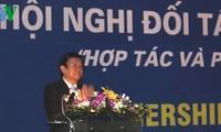 Staatspräsident Truong Tan Sang beteiligt sich an der Konferenz für Partner vom Roten Kreuz Vietnam