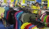 """Programm """"Vietnamesen bevorzugen vietnamesische Waren"""" sehr effektiv"""