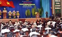 Der Staatspräsident nimmt an Feier zum 40. Jahrestag der Vereinigung des Landes in Long An teil
