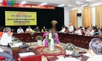 """""""Lernen und Arbeiten nach dem Vorbild des Präsidenten Ho Chi Minh in der Volksaufklärung"""""""