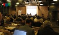 Das Seminar über das Ostmeer in Frankreich