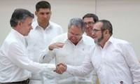 Kolumbiens Präsident bietet FARC Waffenstillstand an