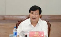 Vize-Premierminister Trinh Dinh Dung nimmt an Weltwirtschaftsforum in ASEAN teil