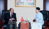 Premierminister Nguyen Xuan Phuc empfängt die myanmarische Außenministerin