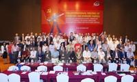 Internationales Treffen der Kommunistischen Parteien und Arbeiterparteien in Hanoi
