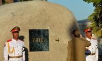 Kubaner machen Kondolenzbesuch nach der Beerdigungsfeier von Fidel Castro