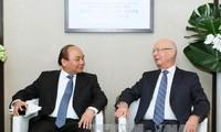 Premierminister Nguyen Xuan Phuc beendet seine Teilnahme an dem Weltwirtschaftsforum