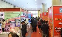 Eröffnung des Zeitungsfests im Frühling in mehreren Provinzen