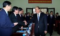 Premierminister Nguyen Xuan Phuc besucht die Universität Hue