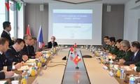 Die 2. Konsultation über Verteidigungspolitik zwischen Vietnam und Frankreich