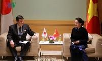 Parlamentspräsidentin empfängt den Leiter der japanischen Abgeordneten-Delegation